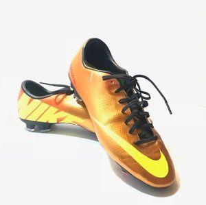 Shoes - Men soccer Nike cleats